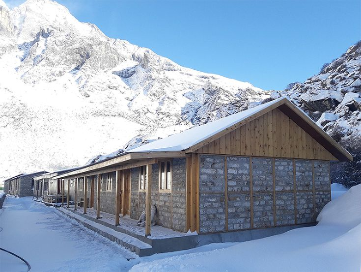 坂茂建築設計 / Shigeru Ban Architects  『ネパール地震/ クムジュン・スクール・プロジェクト』  http://www.kenchikukenken.co.jp/works/1300244164/2610/