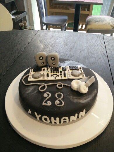 Cake anniversaire dj platine