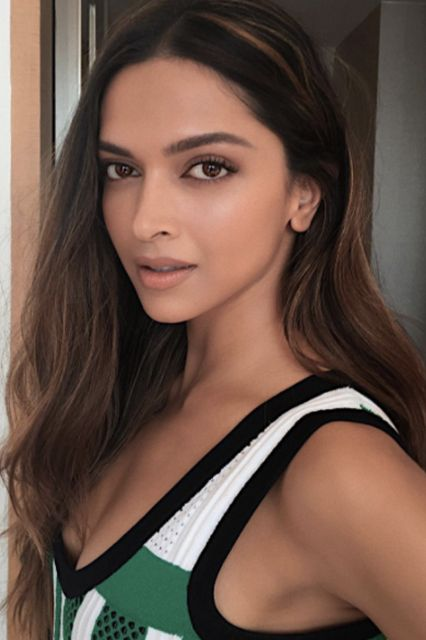 Deepika Padukone Is Our New Beauty Icon — & Her Makeup Artist's Tips Are Next Level+#refinery29