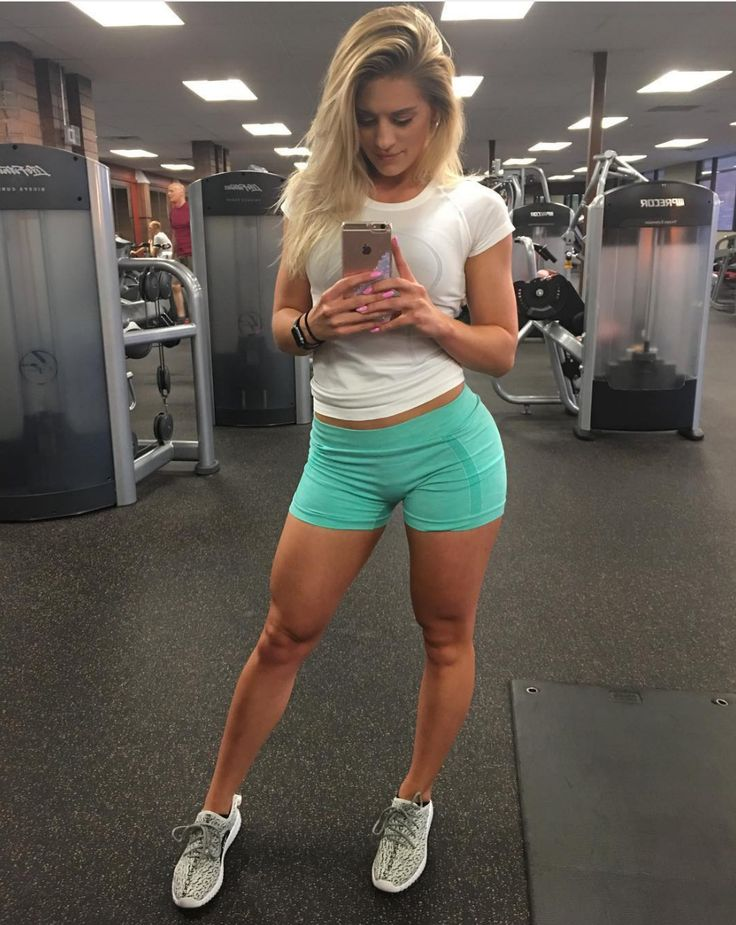 12 best whitney simmons images on pinterest whitney simmons workout clothing and fit motivation. Black Bedroom Furniture Sets. Home Design Ideas