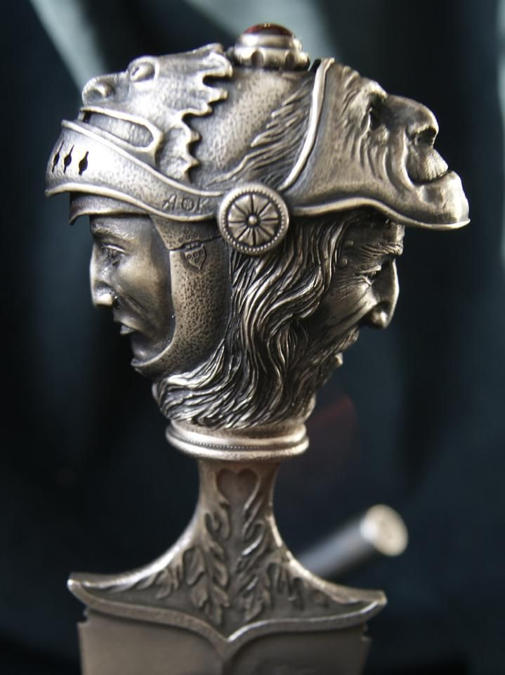 Janus The Two-Faced (Двуликий Янус) - handle in details, front.