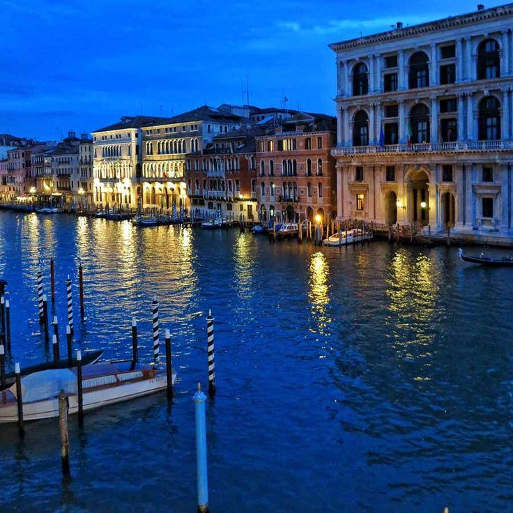 To Grand Canal στην υδάτινη Βενετία