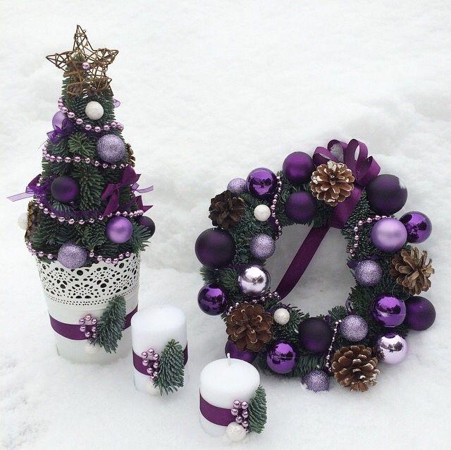 Рождественский венок, елочка и свечки
