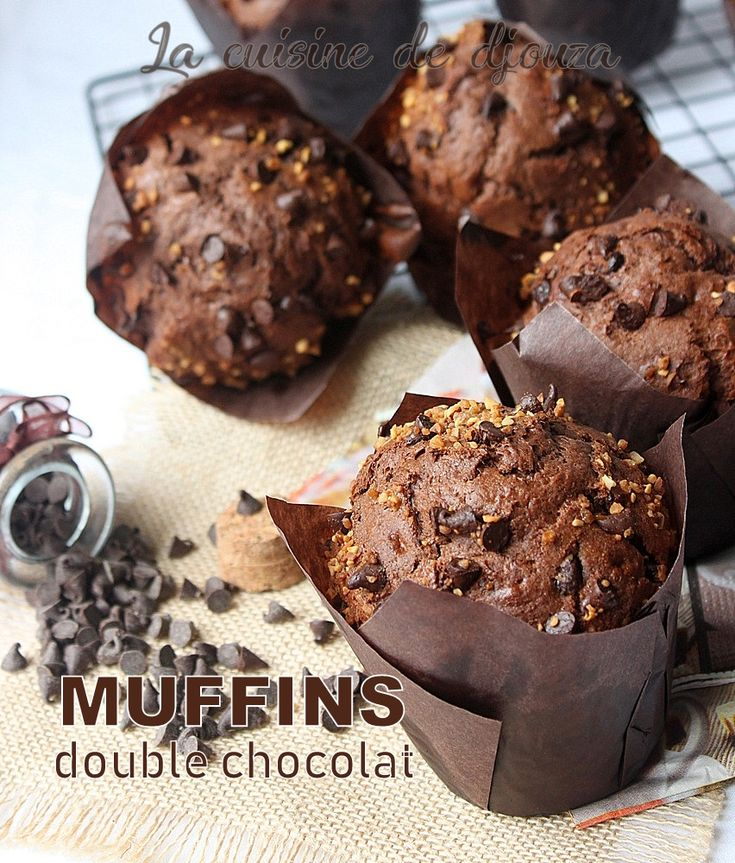 Des muffins double chocolat bien moelleux et gourmands. Rapides et vraiment faciles à préparer pour un résultat incroyable surtout avec ce rendement.