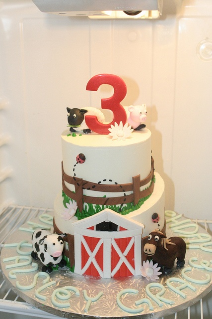 1000 Images About Animal Farm Cakes Cupcakes On
