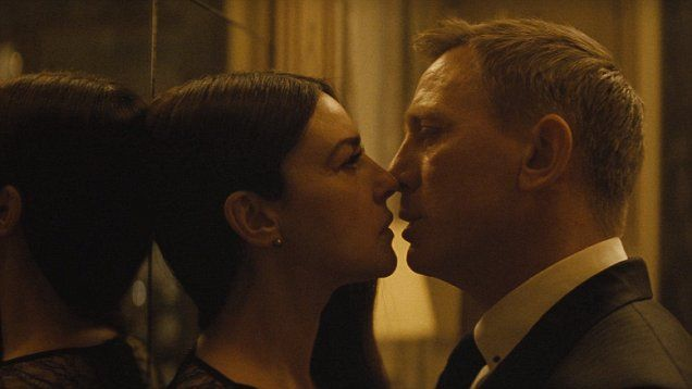 WORLD EXCLUSIVE: Things get steamy for Daniel Craig's Bond in NEW clip from Spectre with Monica Belluci.