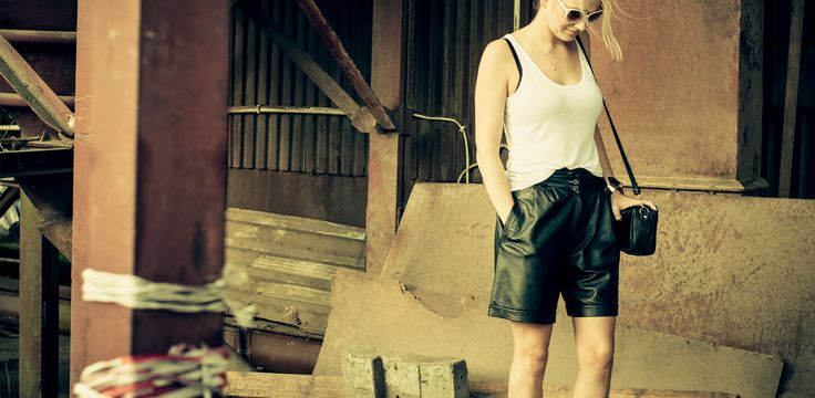 Vintage Black High Waisted Leather Shorts from Awakefshn. Available at: https://www.etsy.com/listing/250741572/vintage-women-high-waisted-leather?ref=shop_home_active_5 For more photos psl check: http://awake-fshn.pl/blog/country-girl