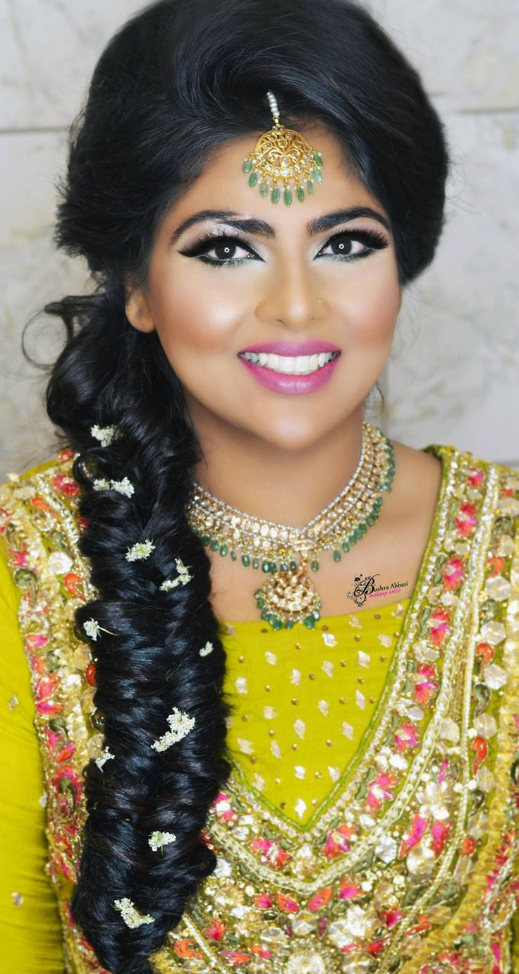 Mehndi bride makeup by Bushra abbasi