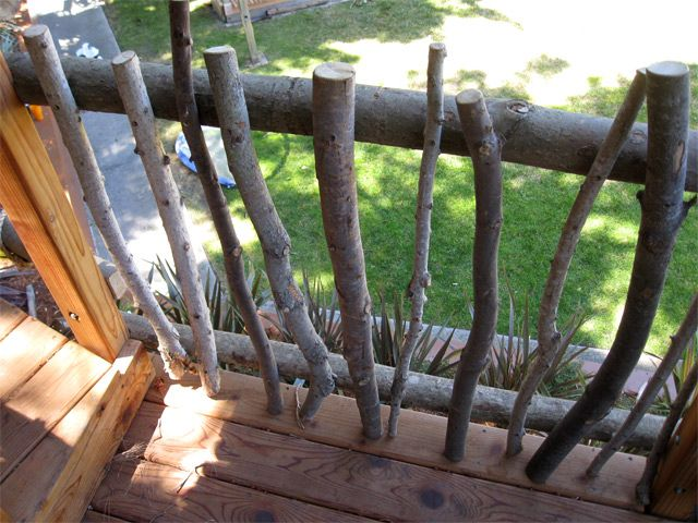 Barbara Butler-Extraordinary Play Structures for Kids-Log Lookout: Rustic Treehouse