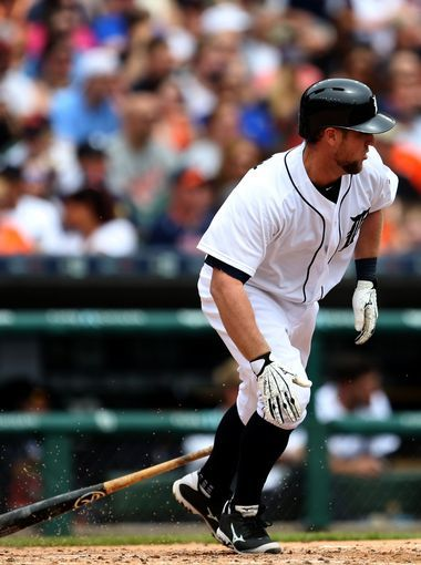 Detroit Tigers catcher Bryan Holaday hits a three-run