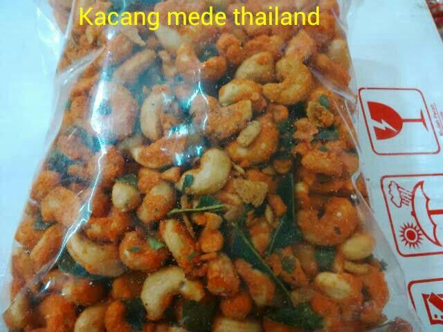 #Kacang mede thailand 1kg. 1kg = 165ribu. 1/2kg = 93ribu