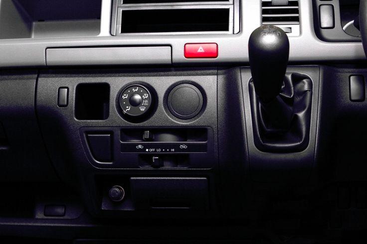 Toyota Auto2000 Hiace Transmission Interior Type STD