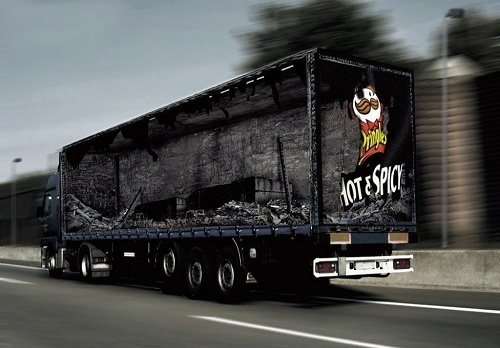 Excelentes campañas de guerrillas callejeras @LanetMx: Hot Stuff, Observed, Trucks Art, Optical Illusions, Trailers, Bus, Digital Art, Semi Trucks, Paintings Effects