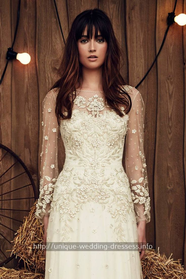 Best 25+ Casual wedding gowns ideas on Pinterest | Casual wedding ...