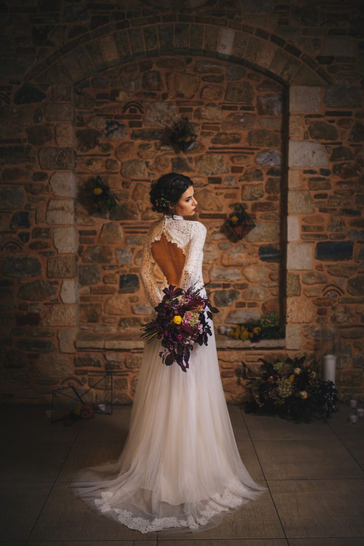 Dark and Cosy Luxury Autumn Wedding Inspiration