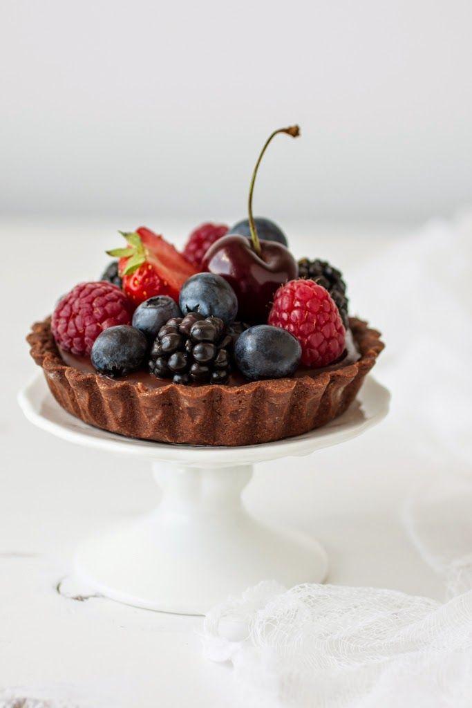 cherry mascarpone & chocOlate berry mini tarts
