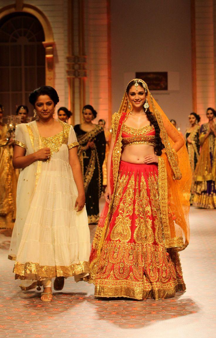 Aditi Rao Hydari with designer Preeti Mishram Kapoor