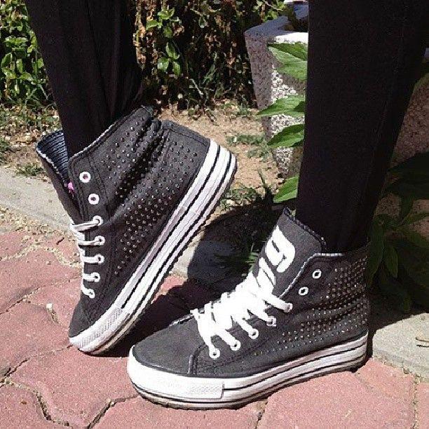 Post de Lucía Ramos en el blog de MTNG-Mustang SS13 Especial Zapatillas Plataforma
