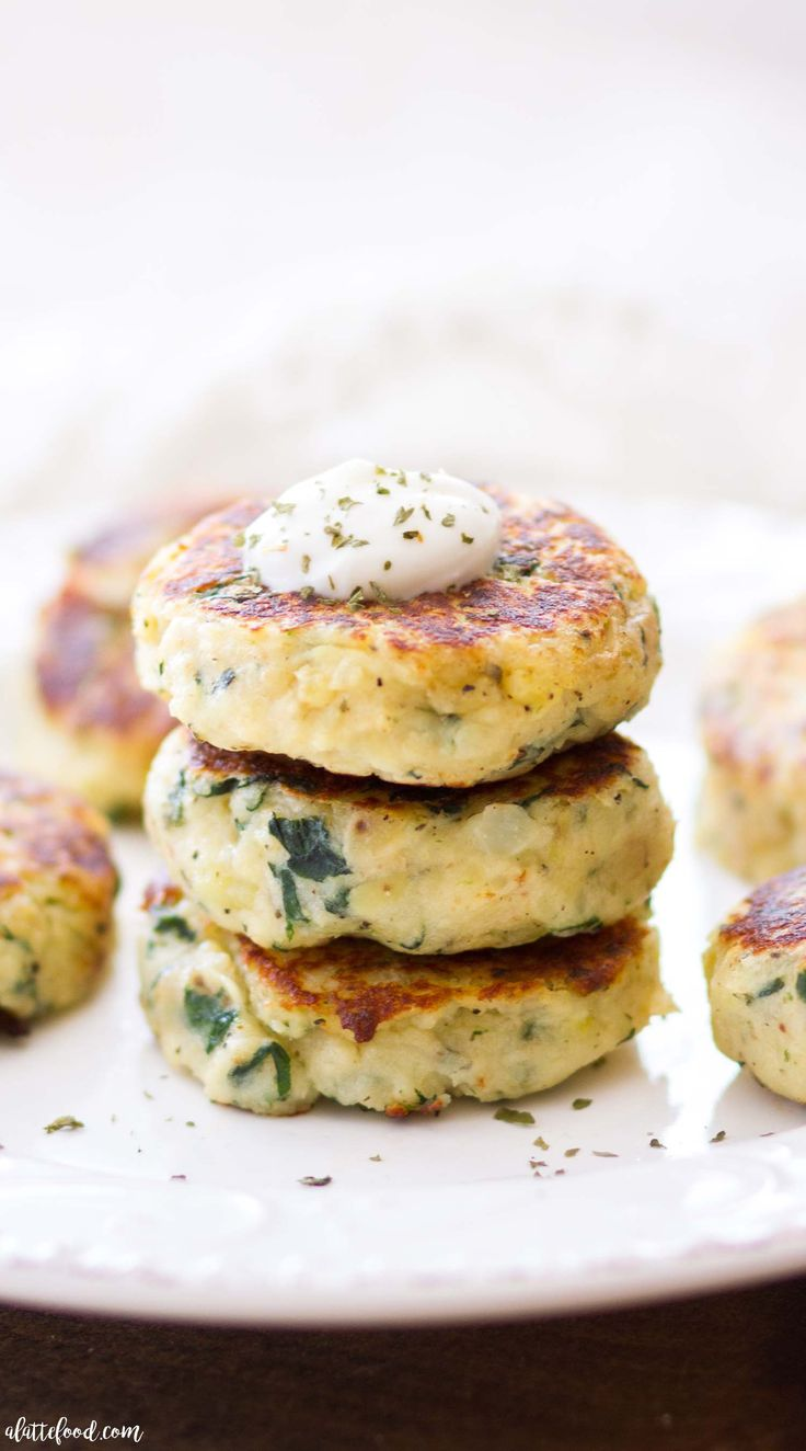 These easy Mini Spinach and Herb Potato Cakes are so flavorful! They are an easy side dish recipe perfect for a holiday dinner or quick and easy weeknight meal! Yellow potatoes are boiled, mashed, and then mixed with a combination of cooked spinach, herbs, and cheese, and fried to perfection. #ad #CLVR #potatoes