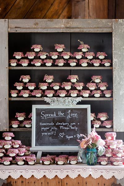 Sweet vs. savory: Guests got to choose between strawberry jam or pepper jelly at this country-chic wedding.