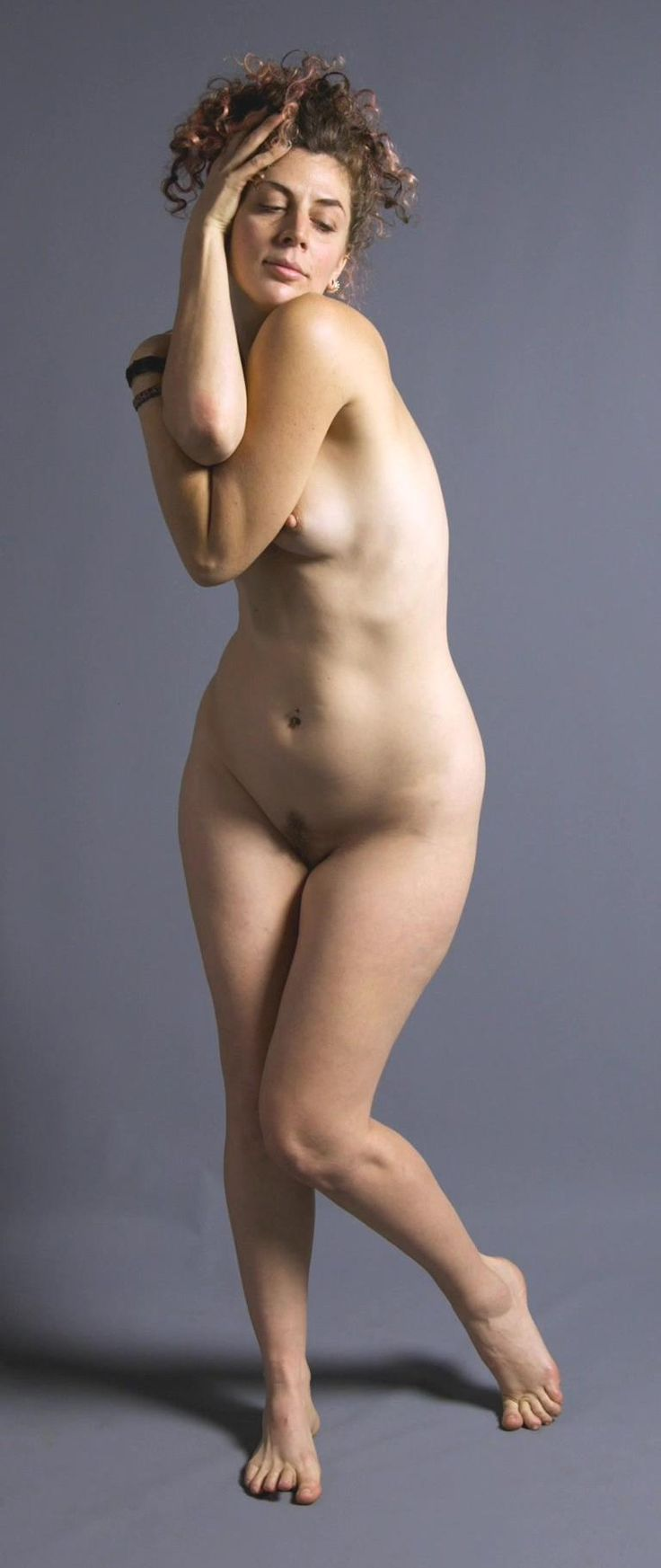 nude women anatomy models