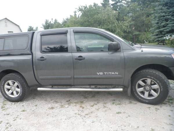 2010 nissan titan crew 4×4 $12000: I would take a part trade but I still owe so cant do full trade unless with a dealer I'm looking for a…