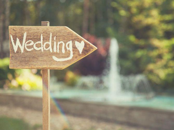 ¿Estás planeando tu boda? ¡Felicidades! Sin duda tu boda es un momento único que querrás celebrar por todo lo alto.Y ya sea que se trate de una pequeña recepción entre familiares y amigos, o una boda para varios cientos de personas, tenemos 11 ideas maravillosas para banquetes de boda, que van desde los bocadito
