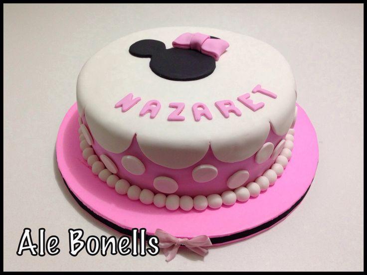 Minnie cake. Torta de Minnie rosa. Lunares, volados y moños ...