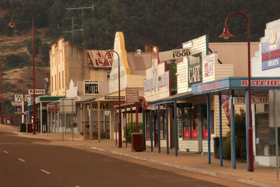 Omeo Main Street - East Gippsland - Victoria Australia - Linden Gully's main street would look like this...