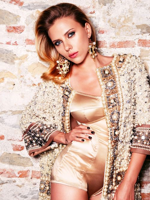 Scarlett Johansson in Dolce & Gabbana for Vogue Russia October 2012 issue.