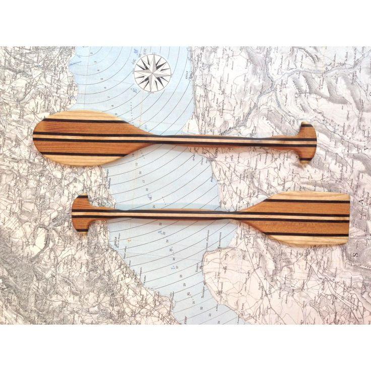 2 Pagaies : Service à salade en set / 2. Ces pagaies sont en robinier, bois du Jura, réalisés pour K-LINE