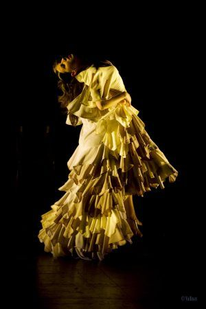 GUERNICA - Danza Estilizada dramatizada - Foto: Vallinas