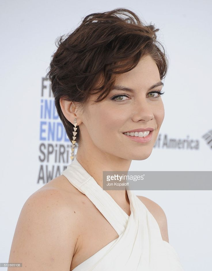 Actress Lauren Cohan arrives at the 2016 Film Independent Spirit Awards on February 27, 2016 in Los Angeles, California.