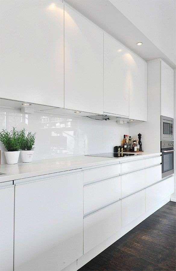Decorazioni Cucine Moderne.Arredare Una Cucina Bianca Interiors Nel 2019 Cucine