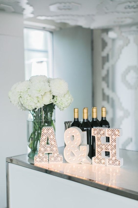 256 best images about wedding decorations on pinterest for Simple elegant wedding decorations ideas