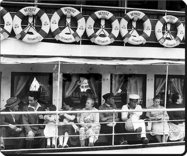 """""""Beykoz"""" Vapuru yolcuları - 1955#istanbul #istanlook"""