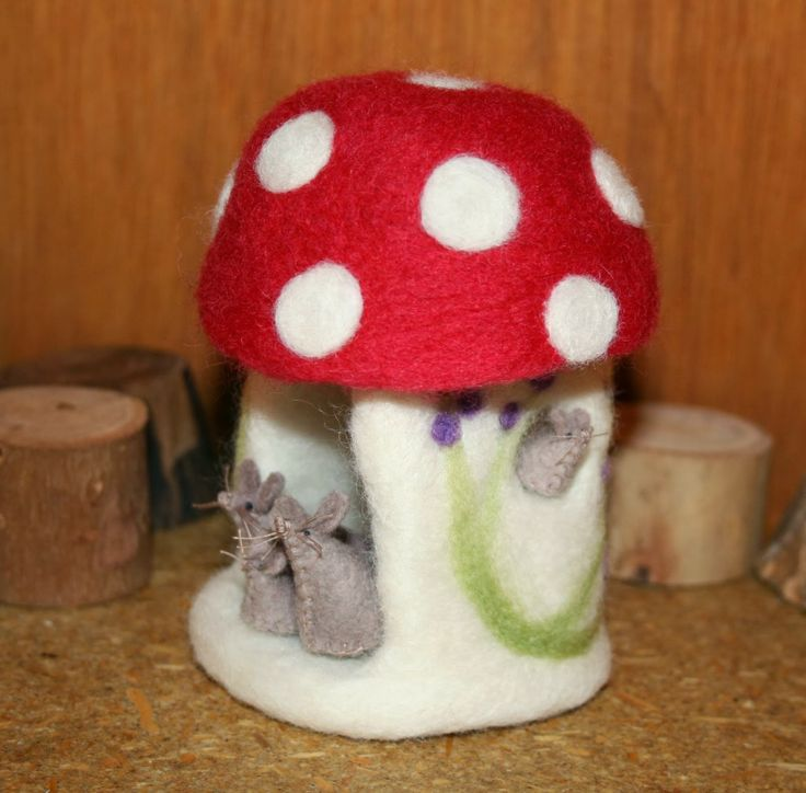 Toadstool Mouse House...