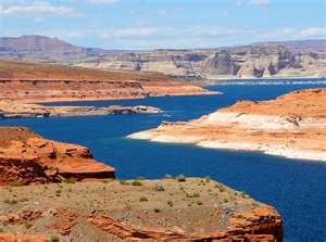 """Lake Powell, Utah.   """"The Planet Of The Apes"""" was filmed here.Lake Powell, Favorite Trips, Beautiful Places, Lakes Powell Utah, Places I D, Lakepowell, Roads Trips, My Buckets Lists, Favorite Placesbless"""