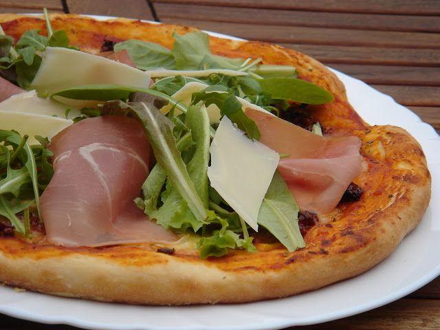Nem vagyok mesterszakács: 10 + 7 legjobb házi pizza – pizza sütés lépésről l...