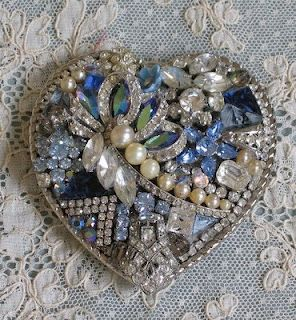 Belt buckle made from vintage jewels