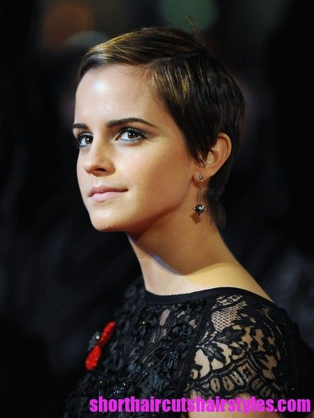 Pixie: Black Lace, Emmawatson, Hair Cut, Shorts Haircuts, Harry Potter, Shorthair, Beautiful Pictures, Emma Watson Pixie, Shorts Hairstyles
