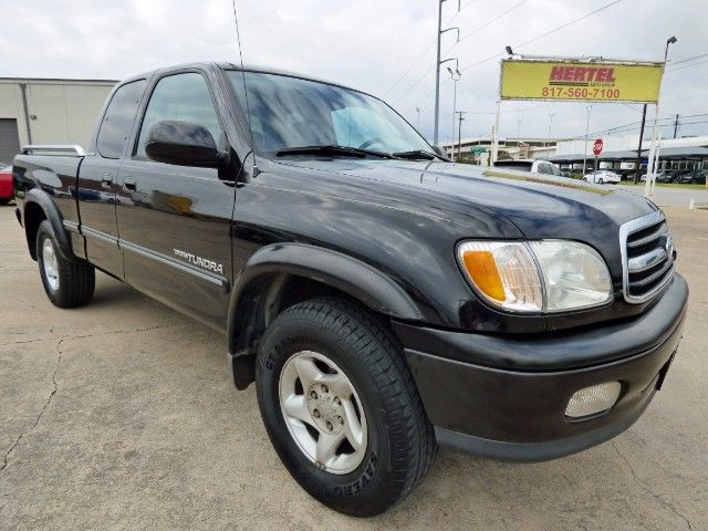 Black Beauty! Say Hello to This Good-Looking 1-Texas Owner 2000 #Toyota #Tundra SR5 Limited Access Cab #V8 #Pickup #Truck with Just 138K & a Clean CARFAX for Just $6,990! -- http://hertelautogroup.com/2000-Toyota-Tundra/Used-Truck/FortWorth-TX/10175721/Details.aspx  #toyotatundra #firsttruck #goodtruck