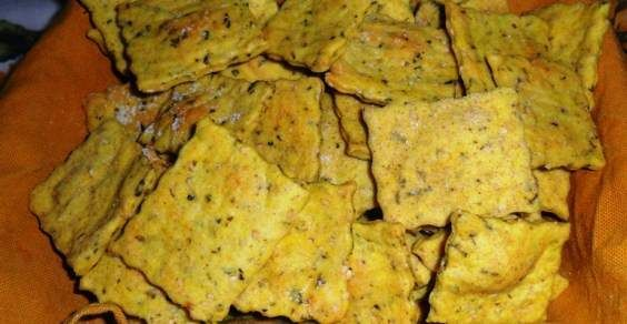 Snack vegan: cracker alla curcuma