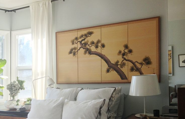 <3 the idea of Japanese prints above the bed
