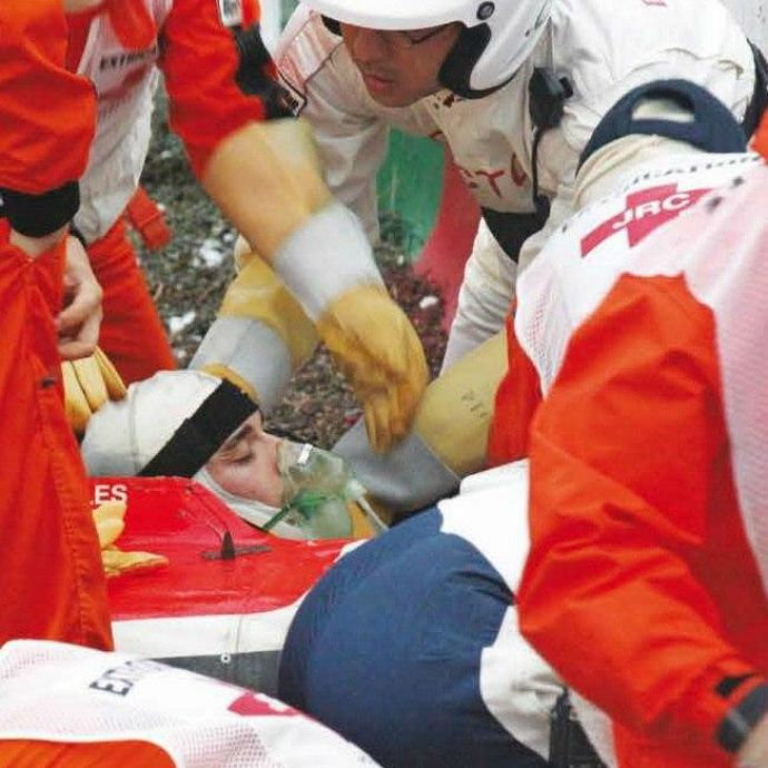 Bianchi tem lesão cerebral difusa; especialista diz que haverá sequelas #globoesporte