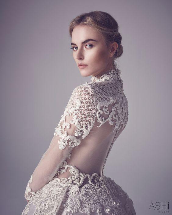 De Valentino à Elie Saab en passant par Ashi & Giambattista Valli, voici les plus belles robes Haute Couture qui vous inspireront pour votre robe de mariée!