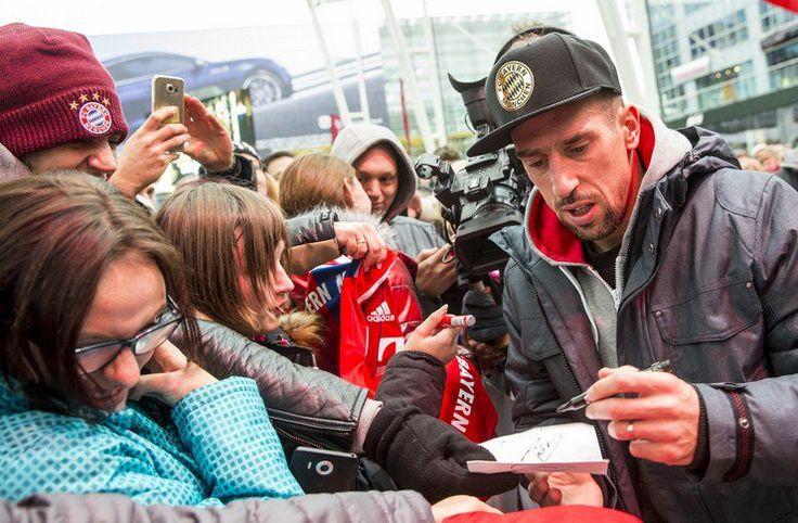 Liga Jerman: Target Ribery Setelah Teken Kontrak Anyar -  https://www.football5star.com/berita/liga-jerman-target-ribery-setelah-teken-kontrak-anyar/100113/