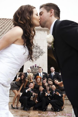 WWW.ORIGINPHOTOS.COM FOLLOW US NOW beautiful bridal party photo ideas for your special