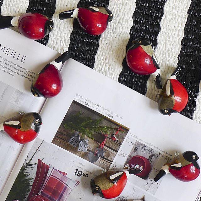 Our little Mifuko Christmas bird, a ❤️ and a ⭐️ featured in the Christmas edition of @stockmanncom Premiere Magazine ⭐️❤️. Stockan jouluosastolta löytyvät! 。。。。。。。。。。。。。。。
