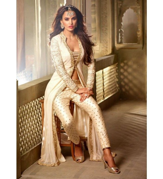 147c6cd412 White and Gold Embroidered Pant Suit in 2019 | evening gown ...
